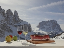 Cutting your costs on a ski holiday