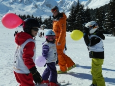 Tips for skiing with young children