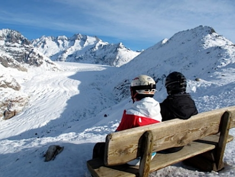 Skiers as well as walkers can admire Europe's biggest glacier