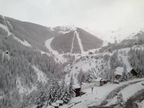 Masses of new snow in Auron in the southern French Alps. Photo: facebook.com/auron.officel