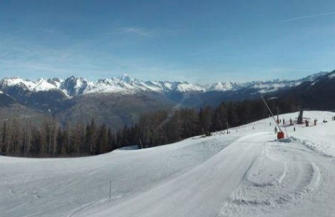 Great spring snow conditions in the Montalbert area of La Plagne. Photo: montalbert.com
