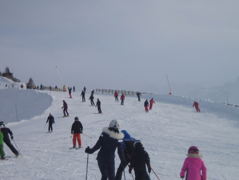 The slopes around Avoriaz and the Linga/Plaine Dranse sector of Châtel were unpleasantly crowded