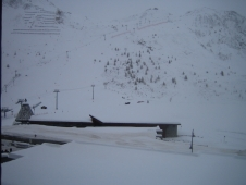 Skiing Tignes in mixed weather