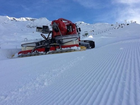 Grooming on Gemsstock: Andermatt is breaking records opening this weekend