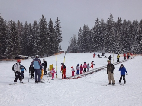 There is an excellent gentle beginner area at the mid-station of Auffach's gondola – this is just a part