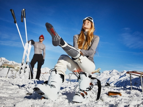 All FALKE ski socks are made for performance, with cushioning for pressure points and moisture-wicking
