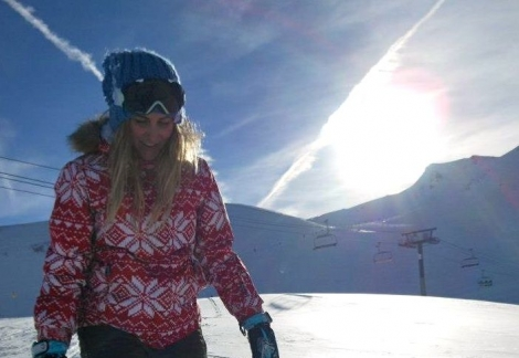 Hope Stannard passed her course in Tignes and can now teach on indoor slopes in the UK