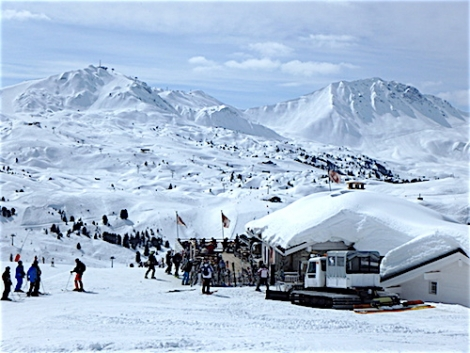 La Plagne has a new chairlift to Aime 2000 and will no longer groom pistes on the glacier