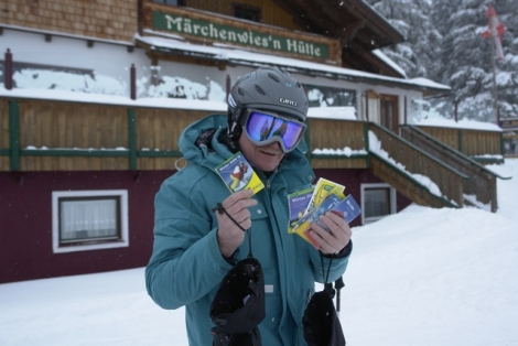 Dave puzzles over five rival piste maps