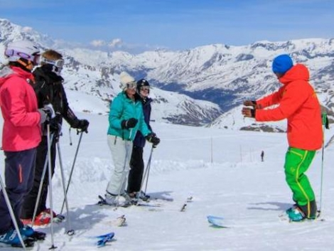 SkiBro now operates in 150 ski resorts and has launched a ski guiding service