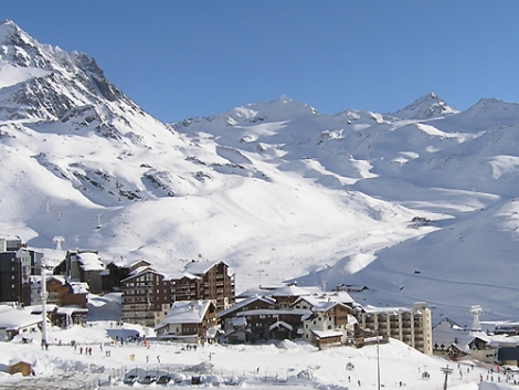 New this year in Val Thorens: a red run called Chasse and a luxury hotel