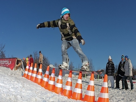 How they do it in Russia  [(c) World Snowboard Day.com]