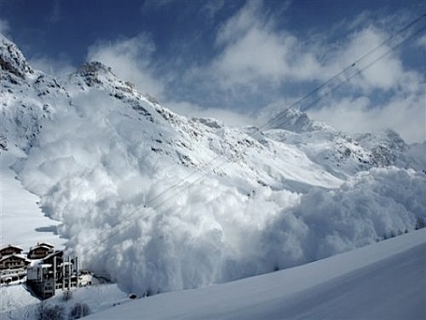 A total of six skiers were caught in avalanches in the South Tyrol last weekend