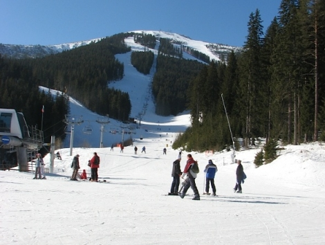 Bansko in Bulgaria tops the Post Office's Ski Resort Report 2013, published with Crystal