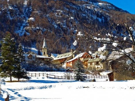 Bez village is in the Serre Chevalier valley