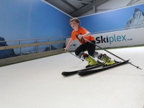 Skiplex will be running introductory ski racing sessions for children
