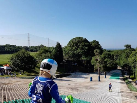 Brentwood Park Ski and Snowboard Centre is home to a thriving race club