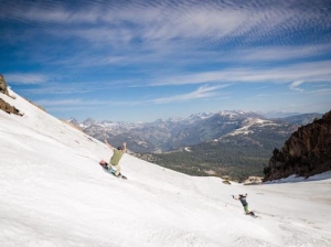 Mammoth ends record ski season