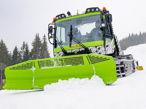 The world's first all-electric piste basher has been unveiled by manufacturer PistenBully