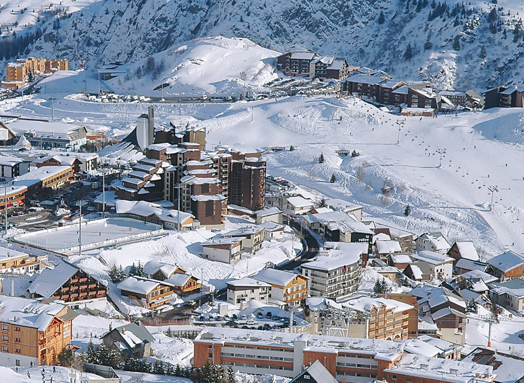 Where to Ski And Snowboard AlpedHuez