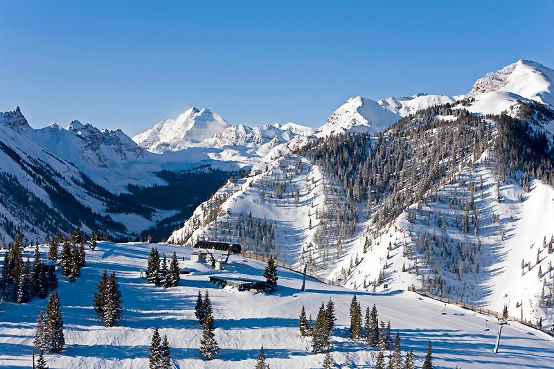 333 Ski and Snowboard school  Tignes 1800 2017   Skiool