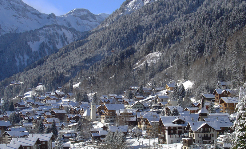 Where To Ski And Snowboard Champery